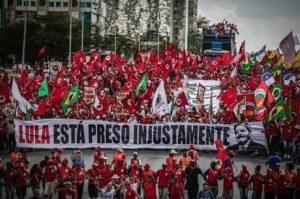 """jamais vou me esquecer do que vocês fizeram pelo Brasil e pela Democracia"""""""