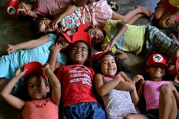 Campanha arrecada quase 2 mil livros para crianças Sem Terra