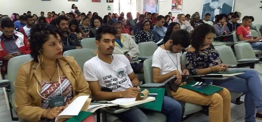 Participantes do II Encontro dos Direitos Humanos dos Povos do Campo, das Águas e das Florestas lançam manifesto