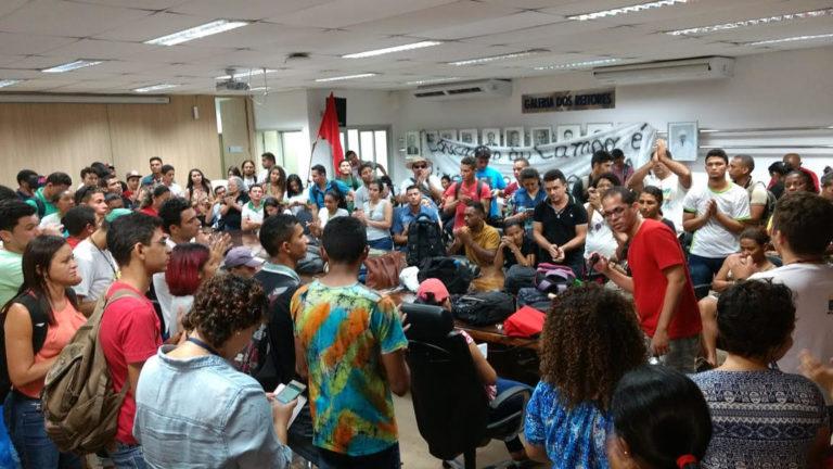 MST se solidariza com estudantes camponeses no Piauí