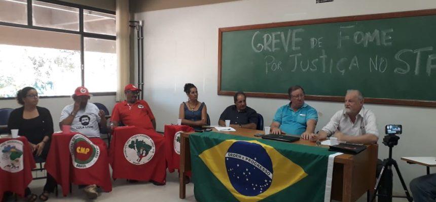 Pela liberdade de Lula, militantes iniciam greve de fome e cobram justiça no STF