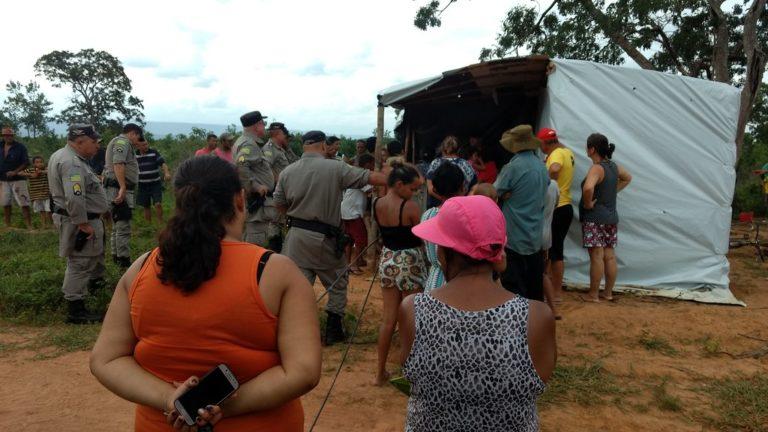 Famílias Sem Terra sofrem despejo em Goiás