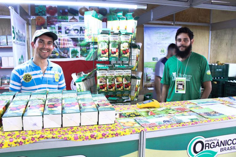 MST comercializa alimentos saudáveis na Expointer