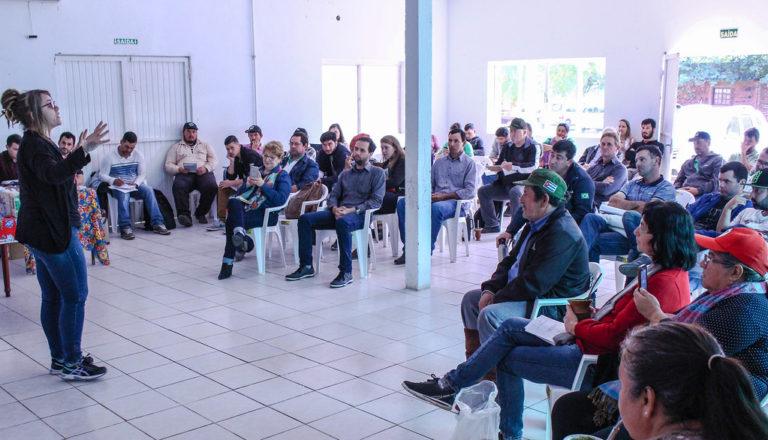 Assentados do MST discutem igualdade de gênero em seminário do arroz agroecológico
