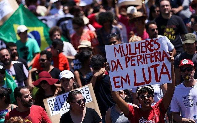 """Grito dos Excluídos faz """"desfile popular"""" no Dia da Independência"""