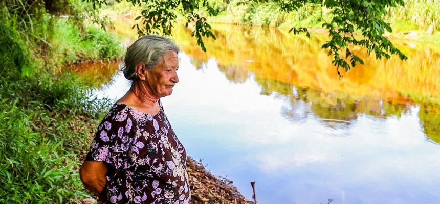 Saber tradicional em risco: conheça a história de Dona Ana, atingida pela barragem de Brumadinho