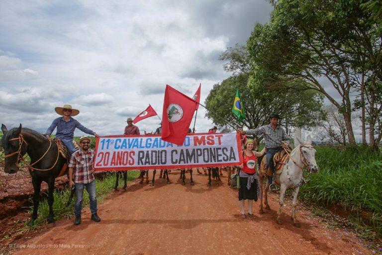 Festa e cavalgada marcam as comemorações de aniversário da Rádio Camponesa