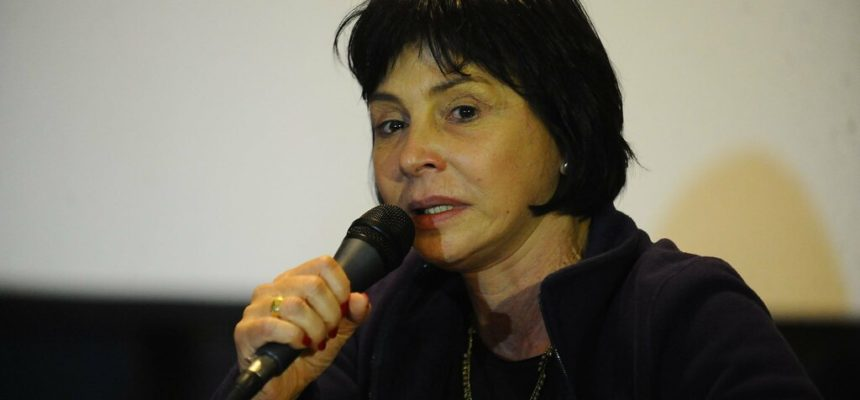 Para filha de Glauber Rocha, MST gera desenvolvimento com produção de alimentos