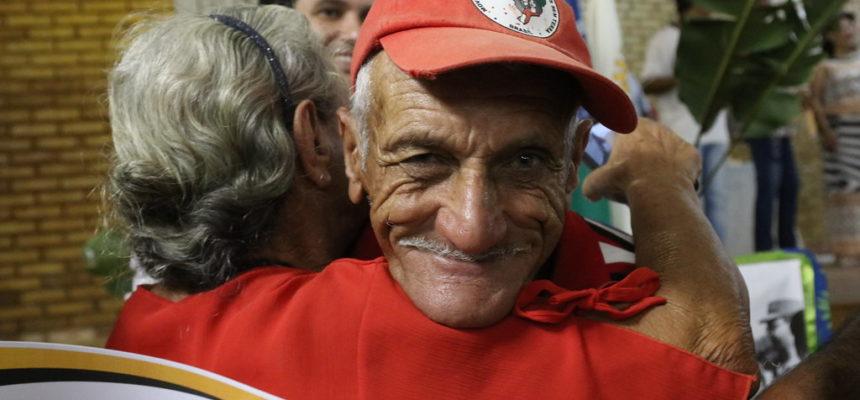 Resistência camponesa alfabetiza 900 pessoas em Minas Gerais