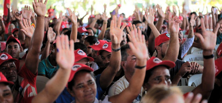 Encontro Estadual aponta os desafios da luta pela terra na Bahia