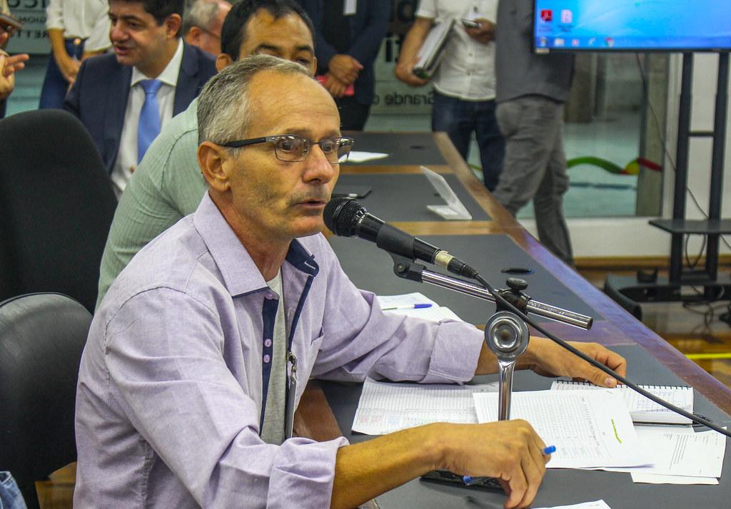 Direitor da Escola 15 de Junho, Erni Picoli pediu que o Estado dê mais atenção à realidade das escolas do campo. Foto - Catiana de Medeiros.jpg