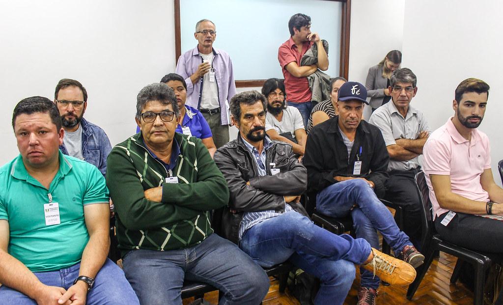 Comitiva viajou mais de 400 quilômetros até a Capital para reivindicar atenção às escolas do campo. Foto - Catiana Medeiros.jpg