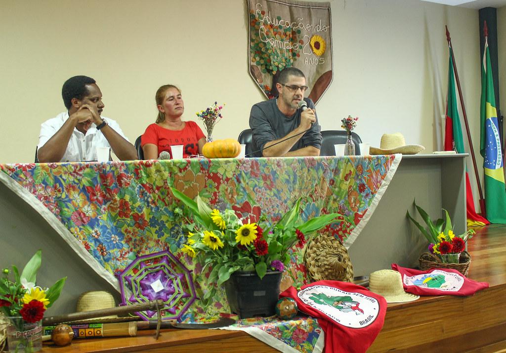 Nelson Araújo (à direita) disse que o orçamento destinado ao Incra em 2019 é o pior dos últimos anos..jpg