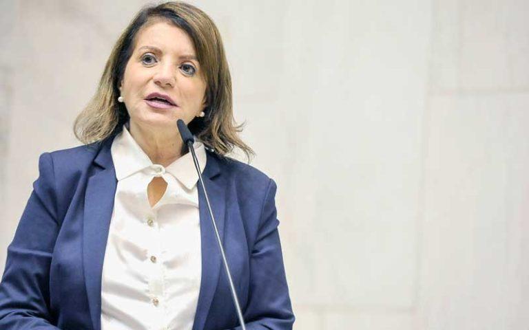 MST denuncia ameaça contra deputada estadual professora Bebel