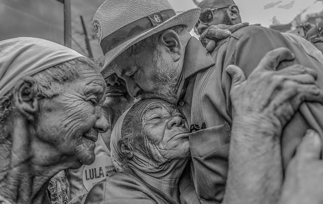 Nobel da Paz para Lula tem 500 mil assinaturas a dois dias do encerramento