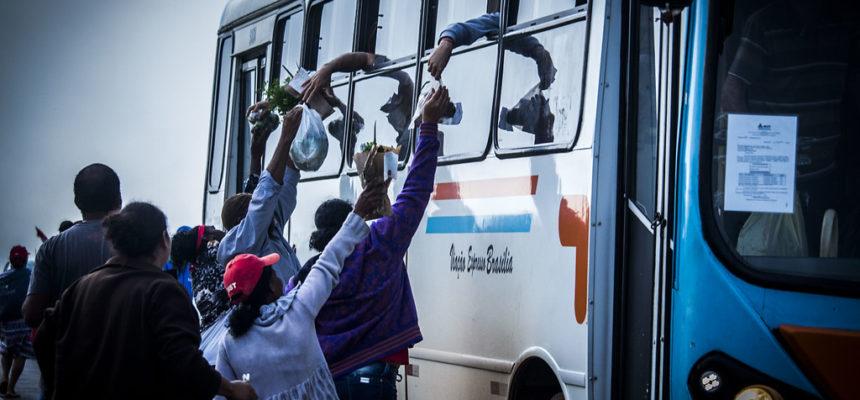MST realiza doação de alimentos à população durante Jornada de Lutas