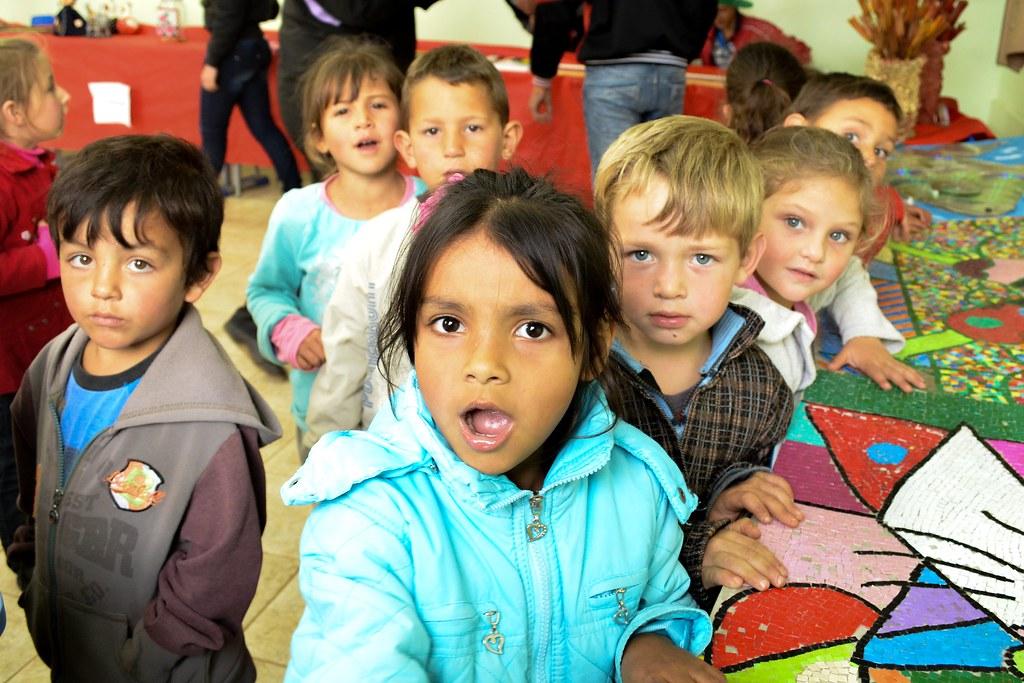 criancada na feira de saberes- feira de saberes da escola paulo freire - abelardo luz - sc - 23ago2013 - por juliana adriano.jpg