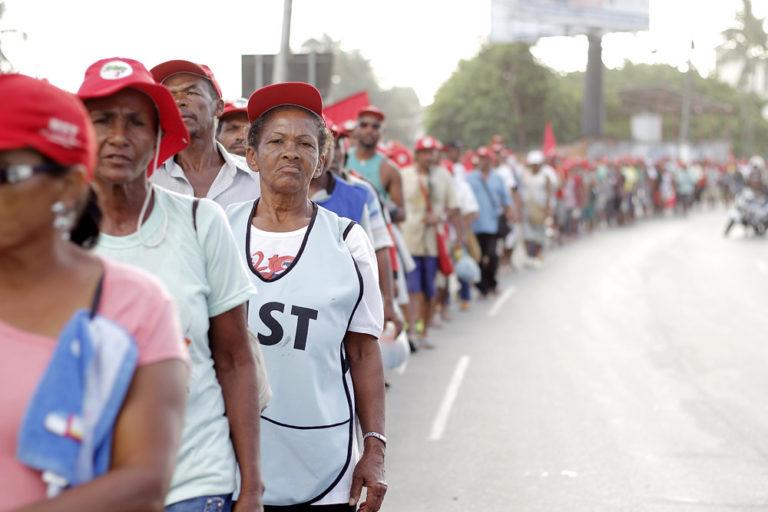 MST convoca toda sociedade baiana para marchar pela libertação de Lula