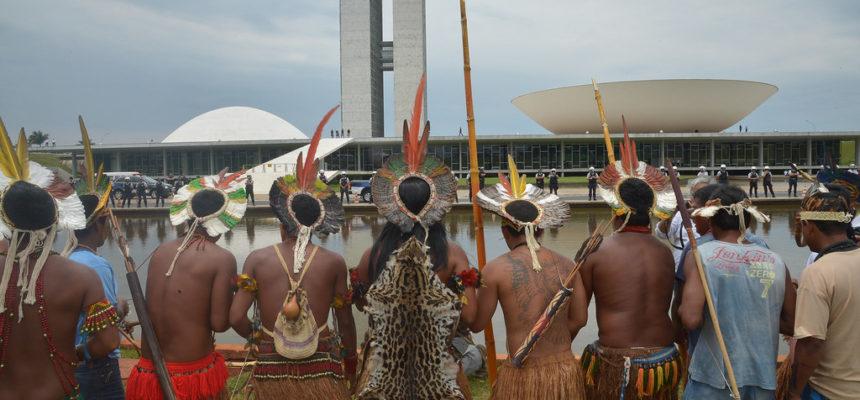 O Dia do Índio é dia de luta do povo brasileiro
