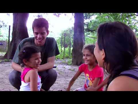 Documentário mostra experiência de escola de formação na Venezuela