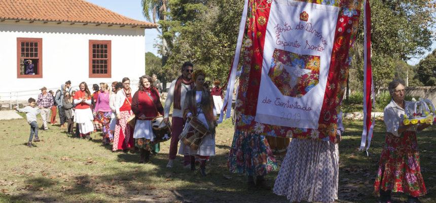 Assentamento Contestado celebra Festa do Divino Espírito Santo