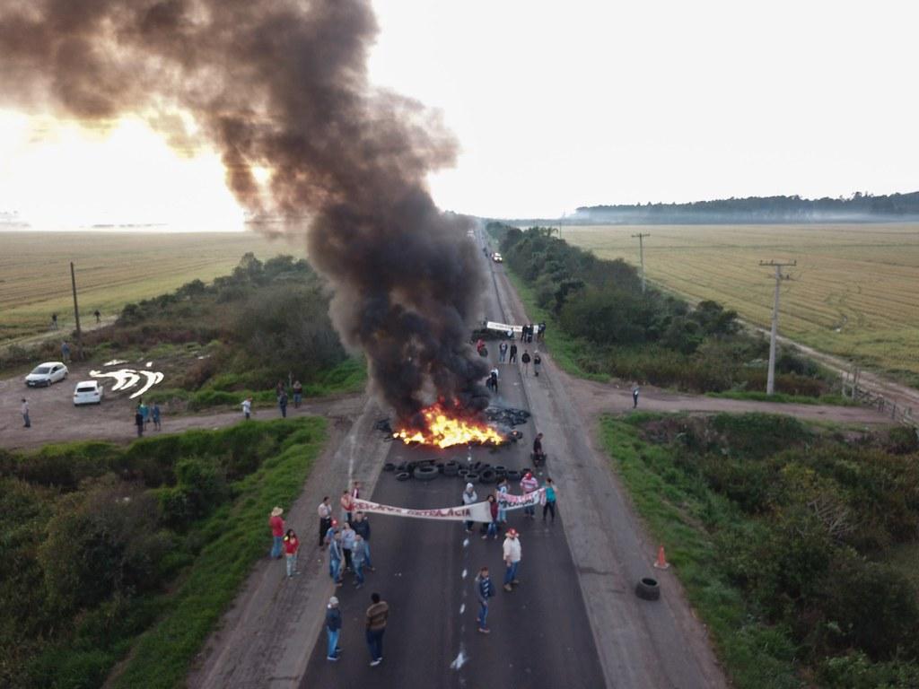 Mobilização na região Metropolitana de Porto Alegre. Foto Alexandre Adair (1).jpg