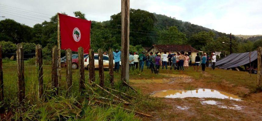 Durante Greve Geral, MST ocupa três latifúndios na Bahia