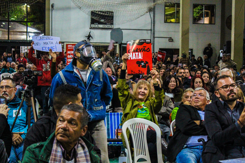 Manifestação do público contra a implantação da Mina Guaíba - Foto - Maiara Rauber - MST.jpg