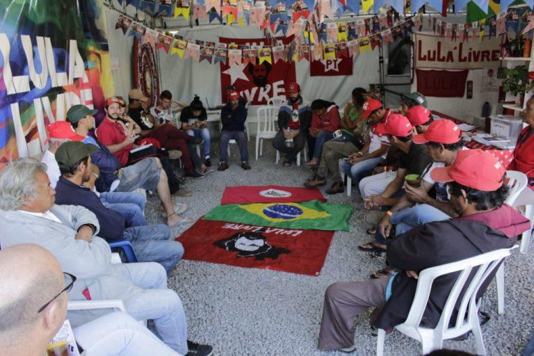BioNatur é tema de roda de conversa na Vigília Lula Livre
