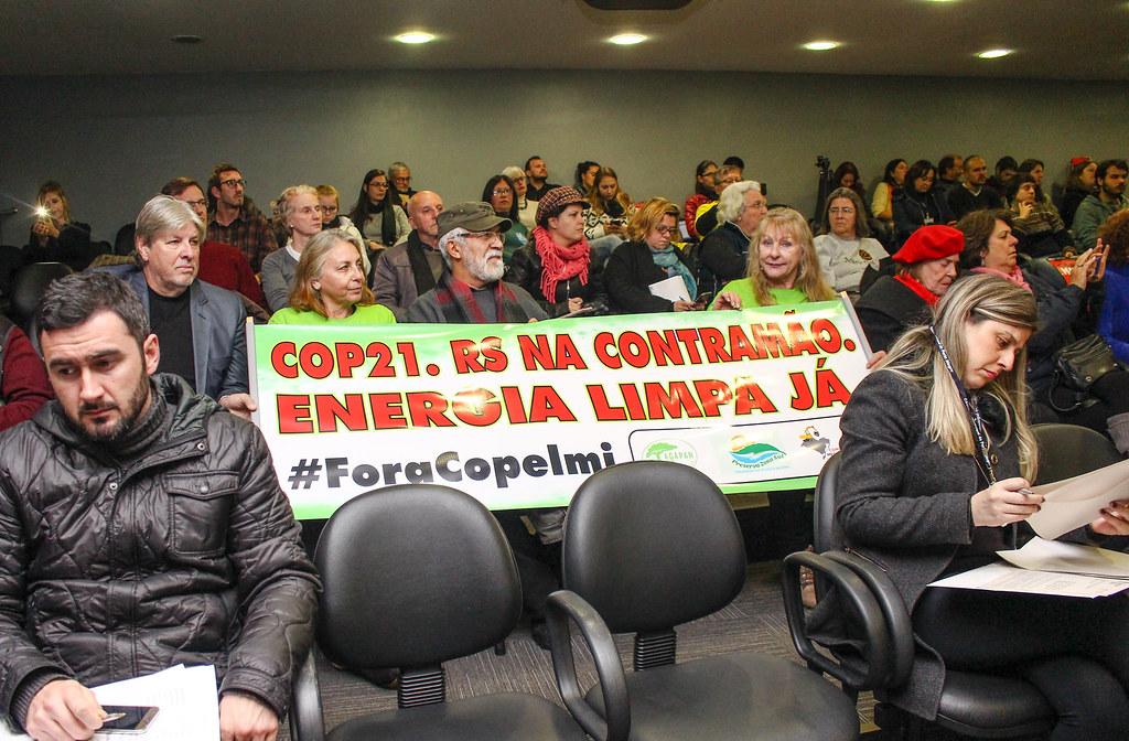 População lotou o plenário Ana Terra para participar da reunião. Foto - Catiana de Medeiros..jpg