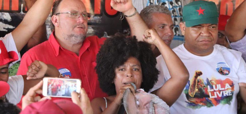 Caravana da Resistência passa pela Bahia e realiza debates