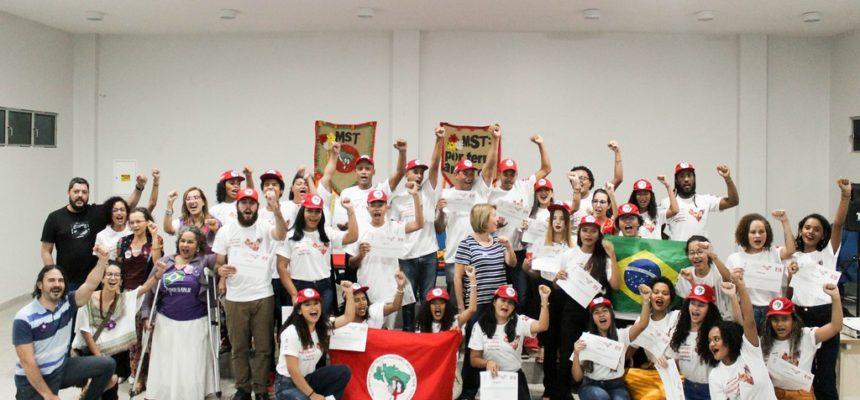 Em Alagoas, Juventude Sem Terra conclui curso sobre Questão Agrária