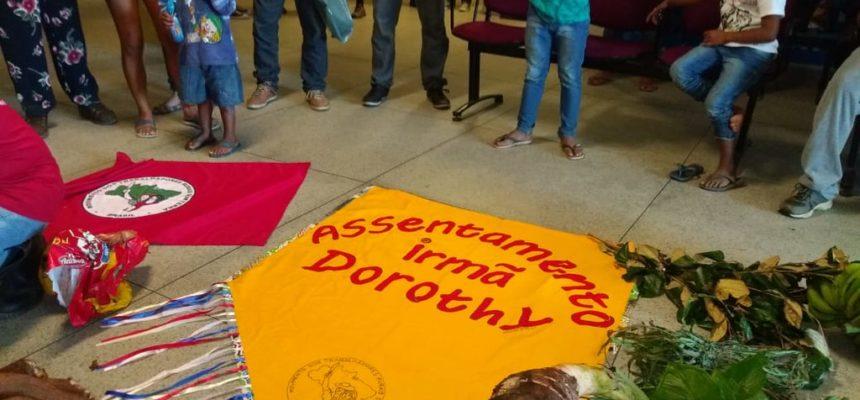Atividade do assentamento Irmã Dorothy na prefeitura de Quatis, no RJ
