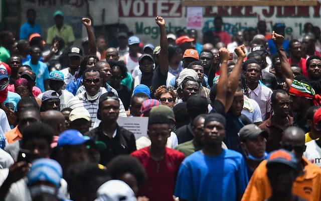 Movimentos haitianos realizam conferência para propor unidade contra governo de Moïse