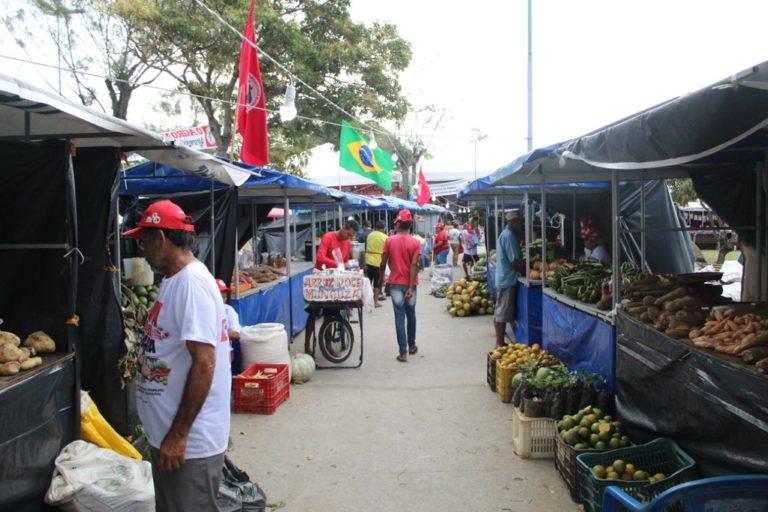 Cerca de 200 camponeses iniciam Feira da Reforma Agrária em Maceió