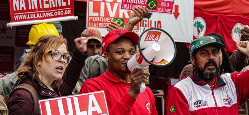 Prisão de Lula mostra brutalidade do capitalismo, diz líder sul-africano