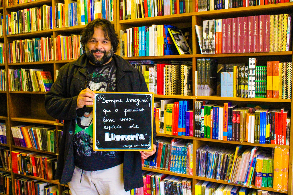 Mauro Meirelles, coordenador da livraria Cirkula. Foto Maiara Rauber.jpg