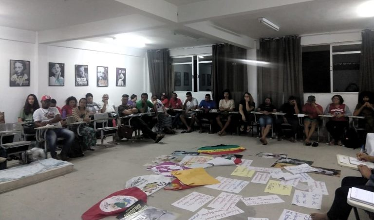 Curso debate o combate aos agrotóxicos e o fortalecimento de práticas agroecológicas