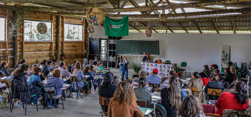 No Paraná, Seminário de saúde reúne militantes para um diálogo sobre saúde mental