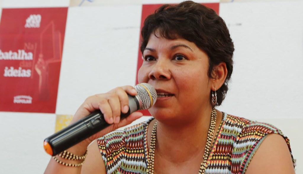 Rosana Fernandes aponta os desafios da batalha das ideias. Foto_Claudio Kbene.jpg