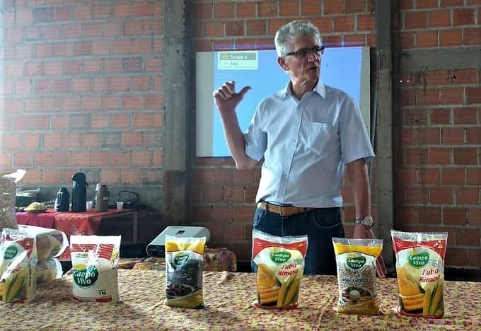 assentamento Eli Vive recebe a visita do secretário de agricultura e abastecimento