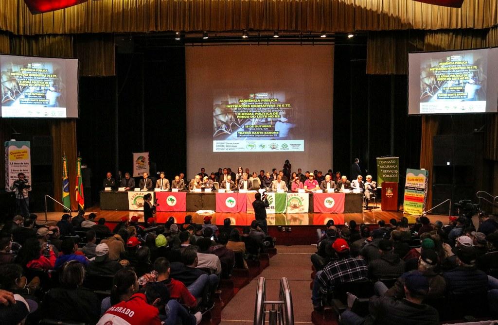 Agricultores de todo o estado participaram da audiência. Foto - Leandro Molina - Divulgação.jpeg