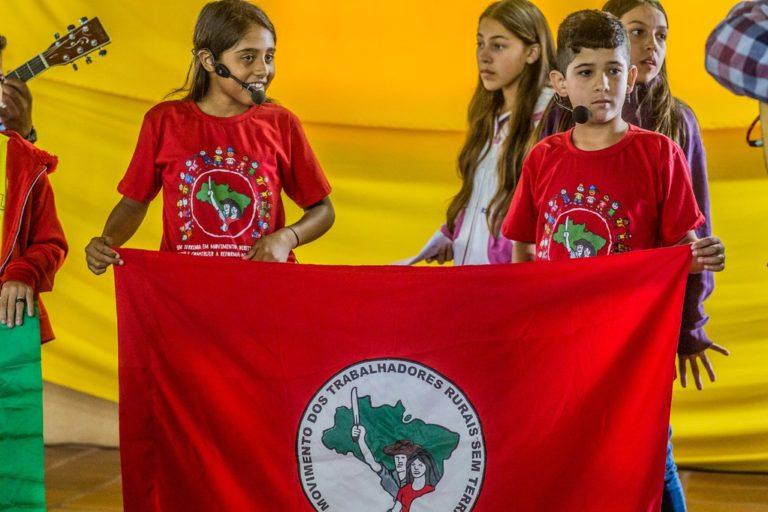 XIII Encontro Estadual das Crianças Sem Terrinha reúne 400 participantes no Paraná