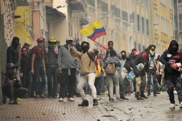 O protesto indígena popular que parou o Equador