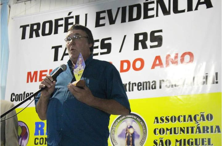 Tarcísio Pedro Stein, presidente da Coopate recebe o Premio Evidência 2019. Foto Tais Carollo.jpeg
