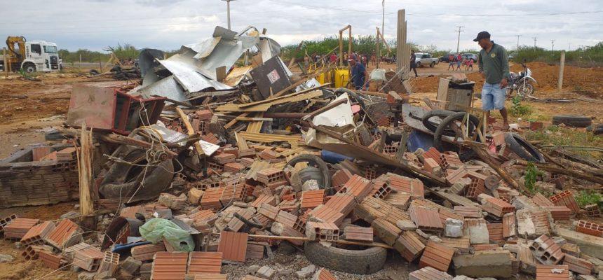 700 famílias são despejadas pela CODEVASF com apoio do Governo Federal