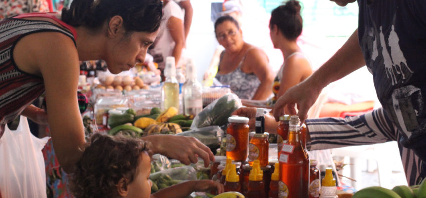 Mais de 30 mil pessoas passaram pela Feira da Reforma Agrária Cícero Guedes