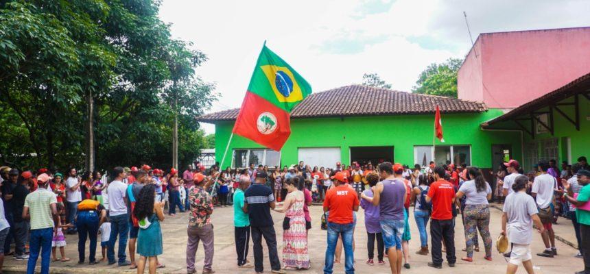 MST de Minas Gerais assume compromisso de reflorestar áreas destruídas pela Vale no 31º Encontro