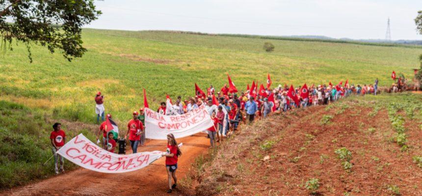 Camponeses iniciam Vigília contra ameaça de despejo ordenado pelo Governo do Paraná