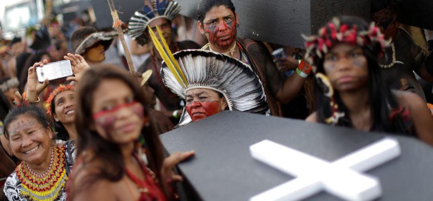 Índios Guarani e Kaiowá sofrem com ataque de seguranças privados e policiais, no MS